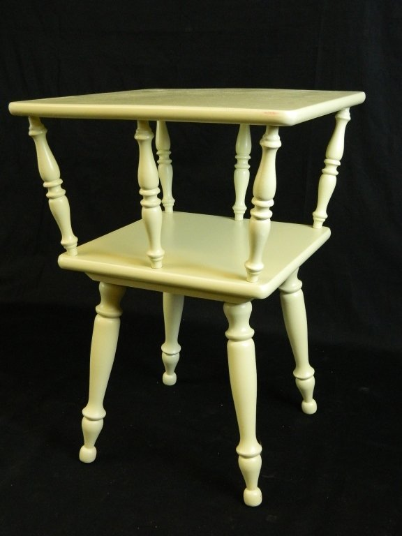 Painted Green 2 tier Wood End Table/night Stand
