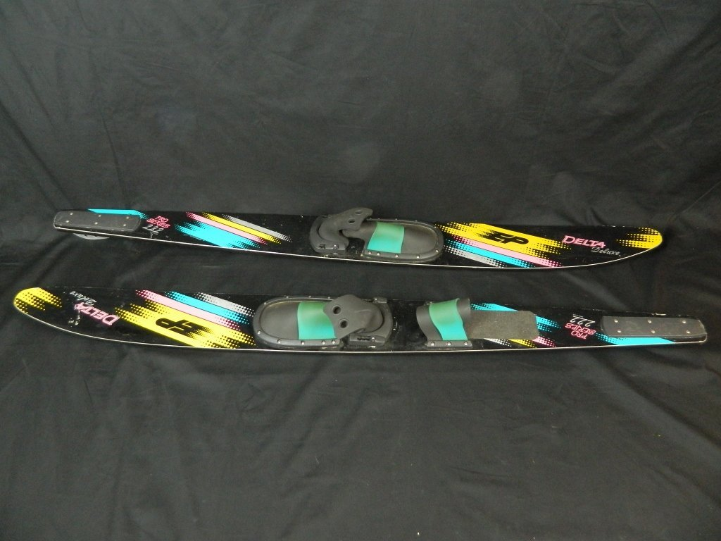 Delta Deluxe Pro Series 222 Water Skis Made In Usa