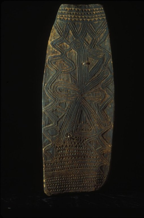 PNG War  Shield from the LaCasse  Collection