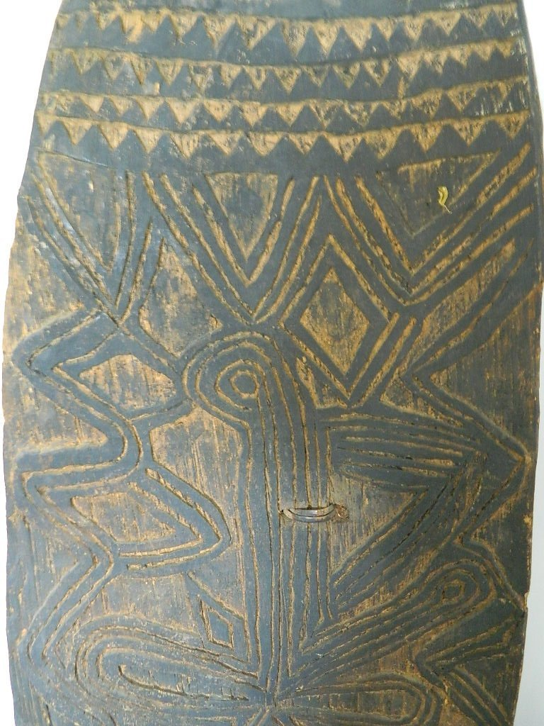 PNG War  Shield from the LaCasse  Collection - 2