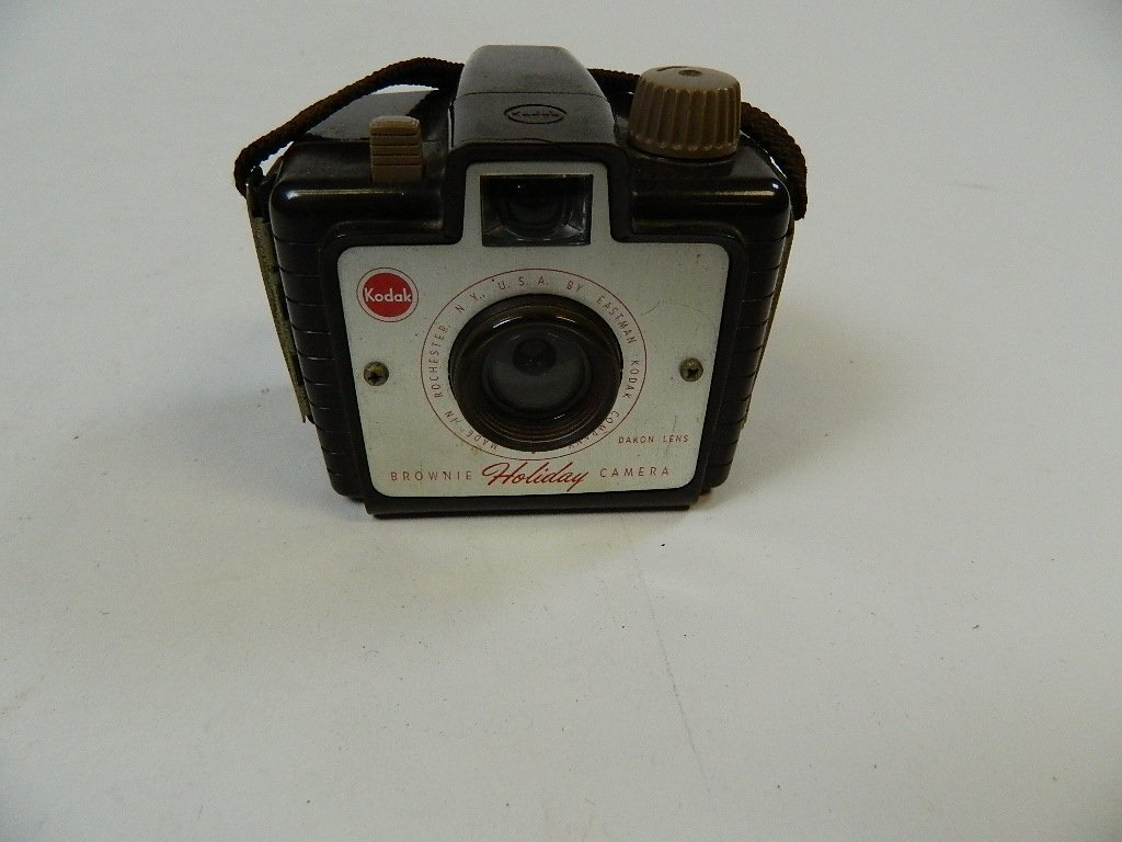 Vintage Kodak Brownie Holiday Camera w/ Dakon Lens
