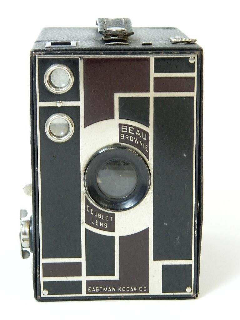 Beau Brownie #2A Box Camera w/ Rare Face Plate