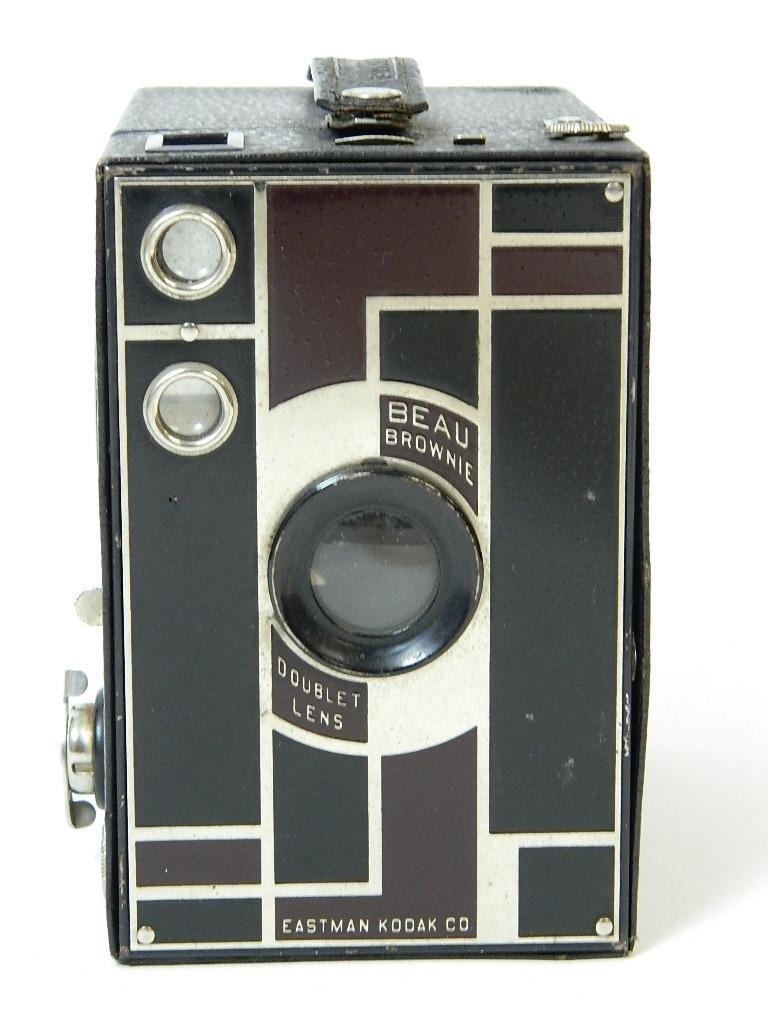 Beau Brownie #2A Box Camera w/ Rare Face Plate