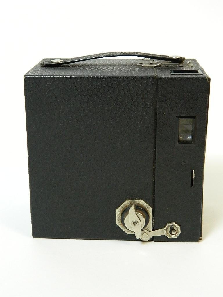Beau Brownie #2A Box Camera w/ Rare Face Plate - 4