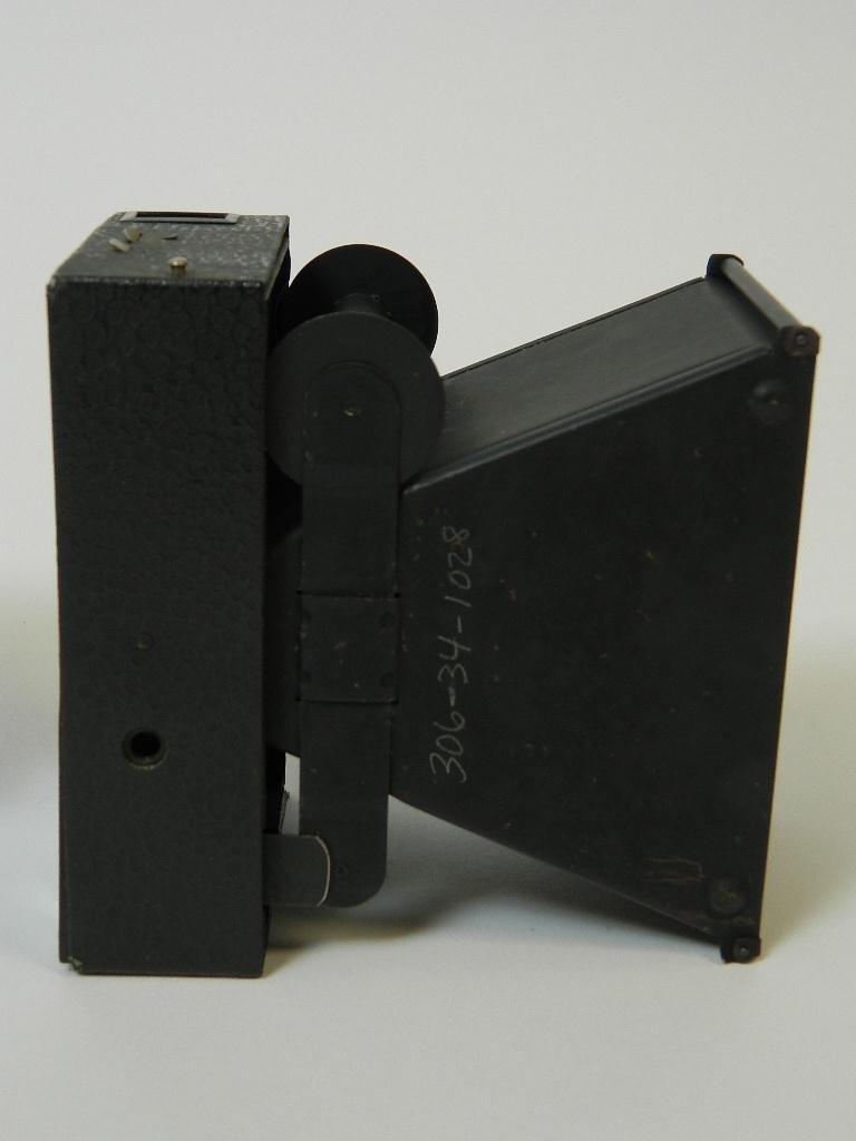 Beau Brownie #2A Box Camera w/ Rare Face Plate - 7