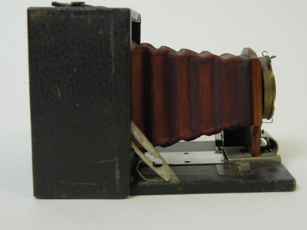 Eastman Kodak Co. No.2 Brownie Camera - 2