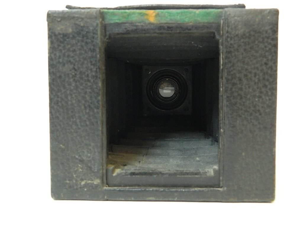 Eastman Kodak Co. No.2 Brownie Camera - 3