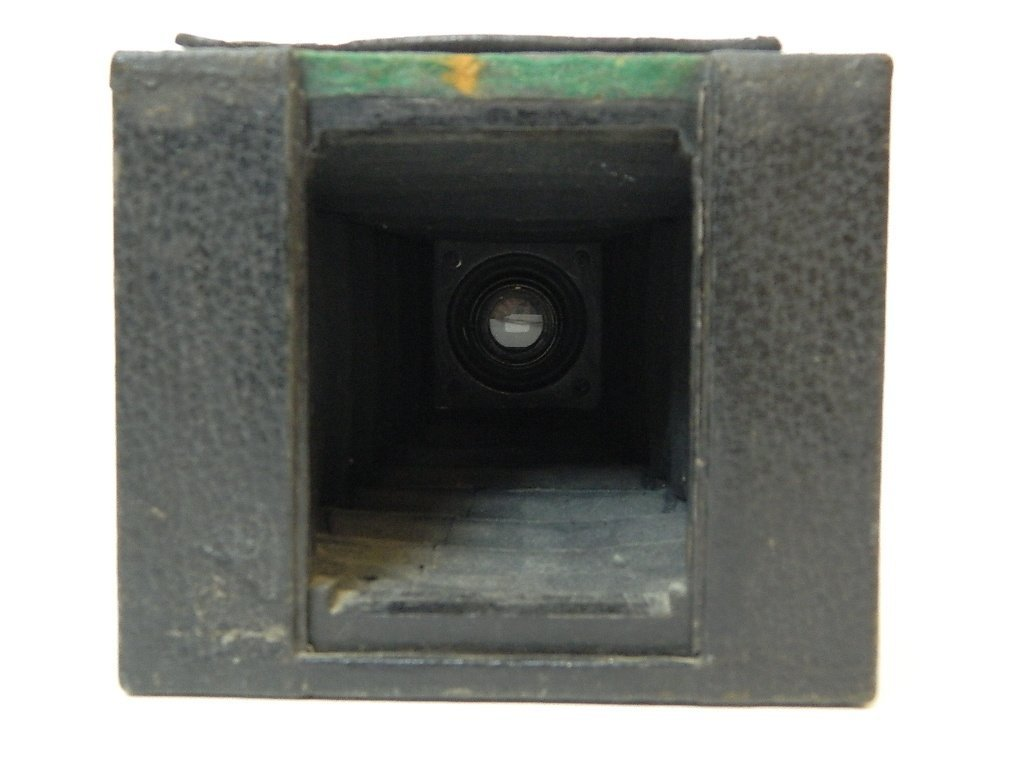 Eastman Kodak Co. No.2 Brownie Camera - 4