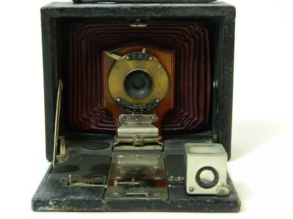 Eastman Kodak Co. No.2 Brownie Camera - 5
