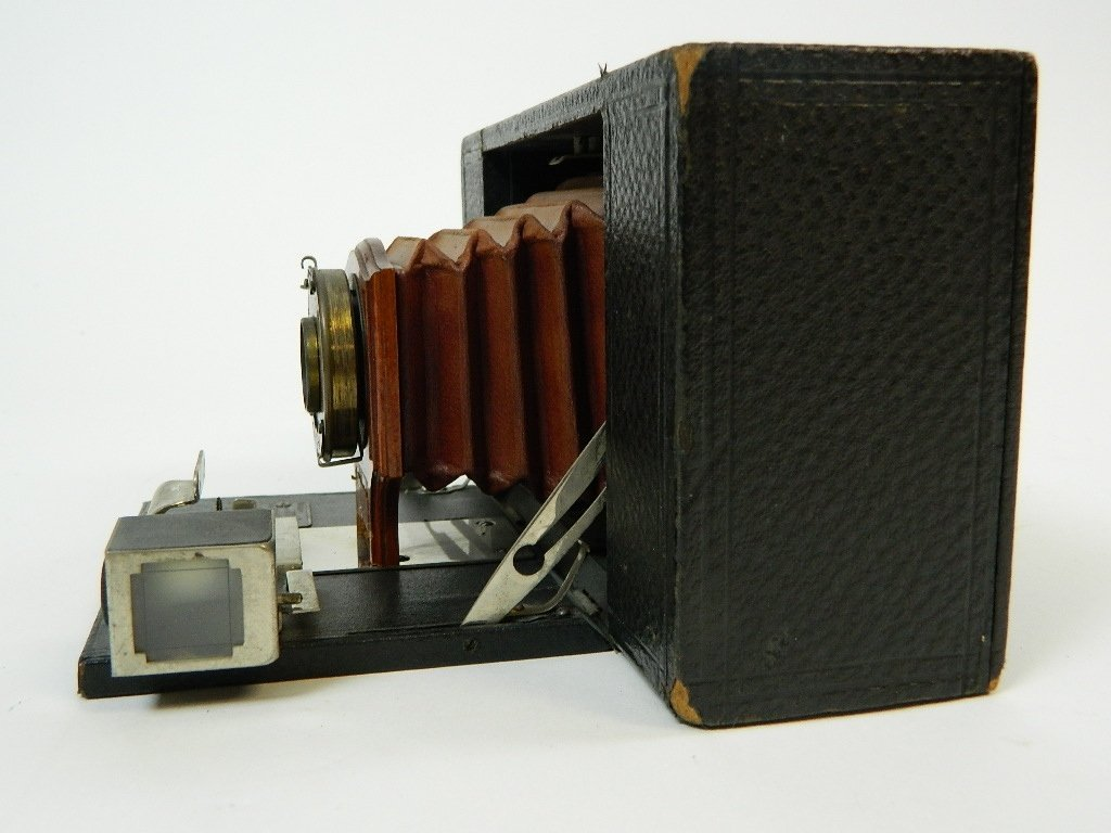 Eastman Kodak Co. No.3 Folding Brownie Camera - 3