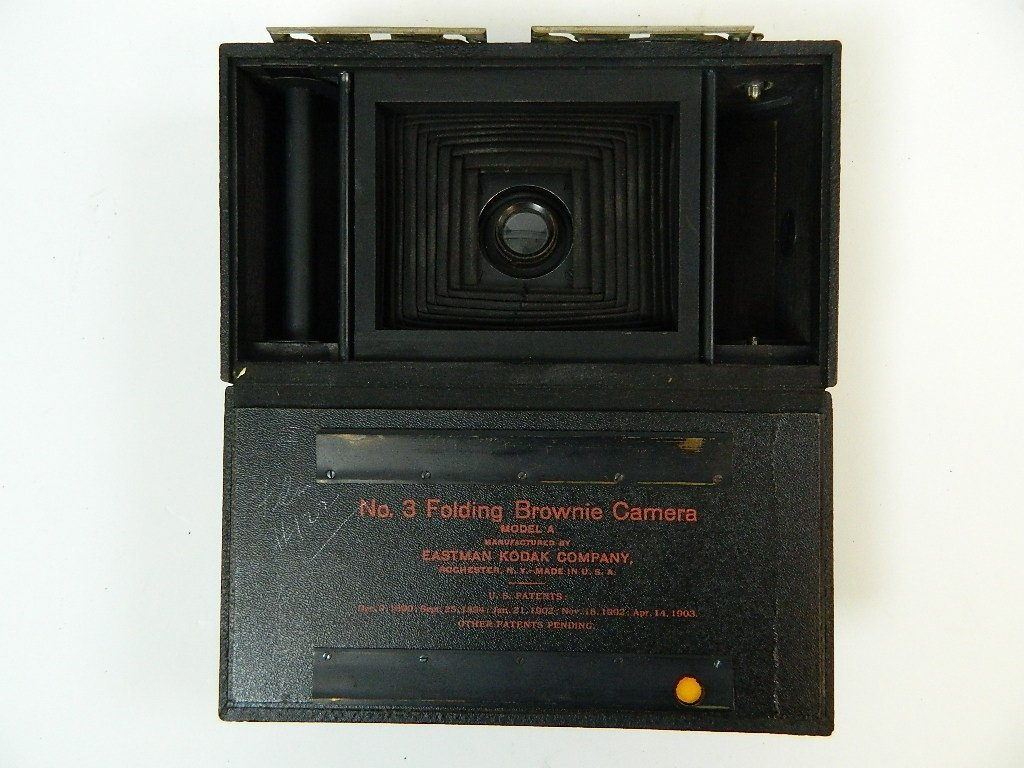 Eastman Kodak Co. No.3 Folding Brownie Camera - 6