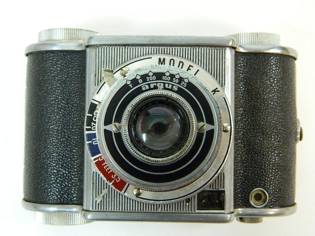 "Argus Model ""K"" Camera w/ Operators Manual - 2"