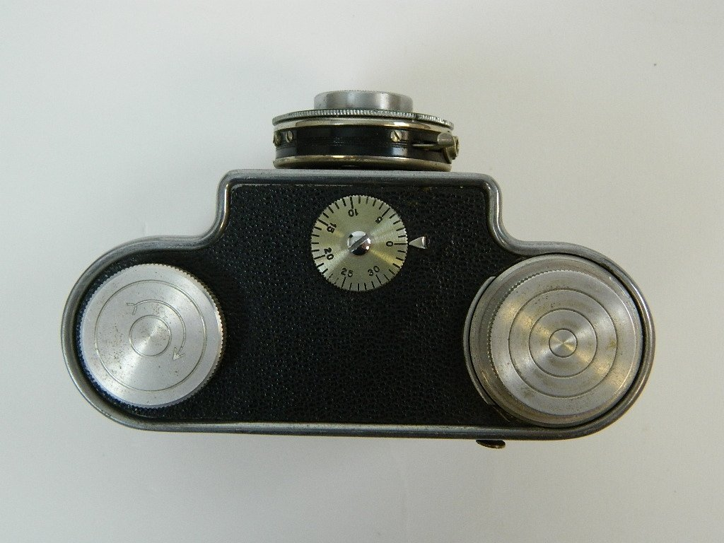 "Argus Model ""K"" Camera w/ Operators Manual - 3"