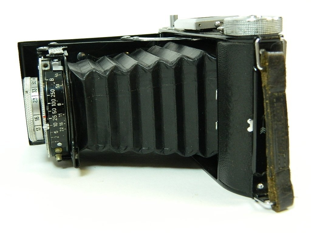 Belca-Werk Belfoca Camera w/ Case & Instructions - 6