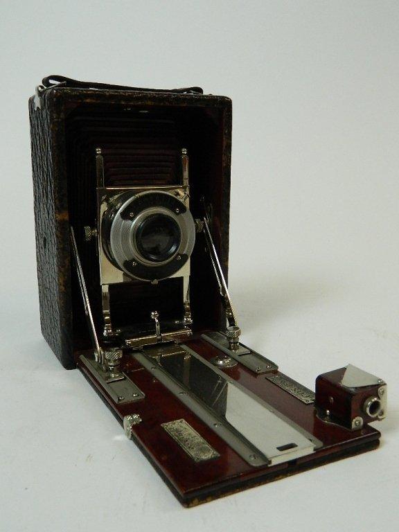 Vintage Conley Jr. 3.25 x 5.25 Camera