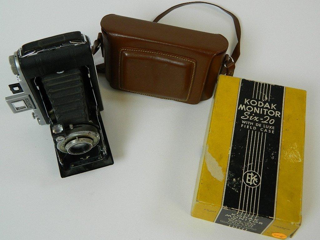 Kodak Monitor Six-20 Camera w/ De Luxe Field Case