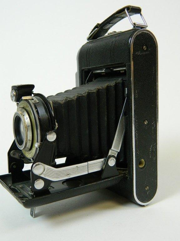 Kodak Monitor Six 20 Camera w/ Lens 4.5 100 M.M.