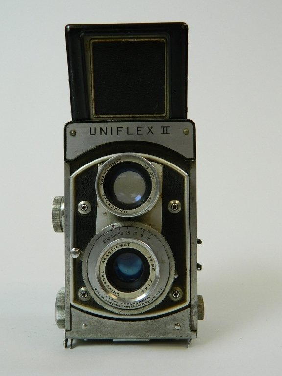 Universal Camera Corp Uniflex II (2) w/ 75 mm lens