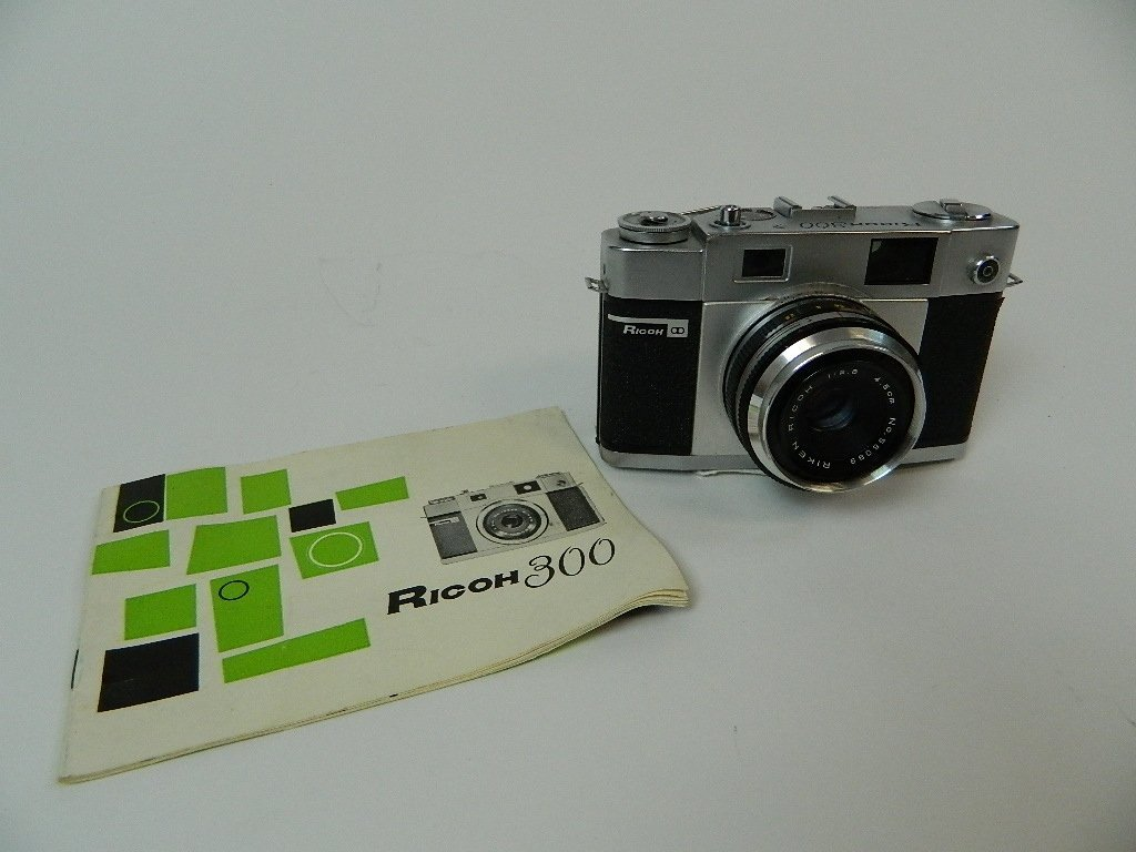 Riken Optical Model Ricoh 300 Camera w/ Booklet