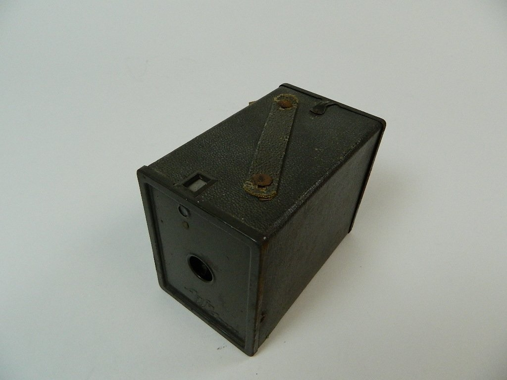 Dark Green Vintage Agfa Ansco Box Camera - 2