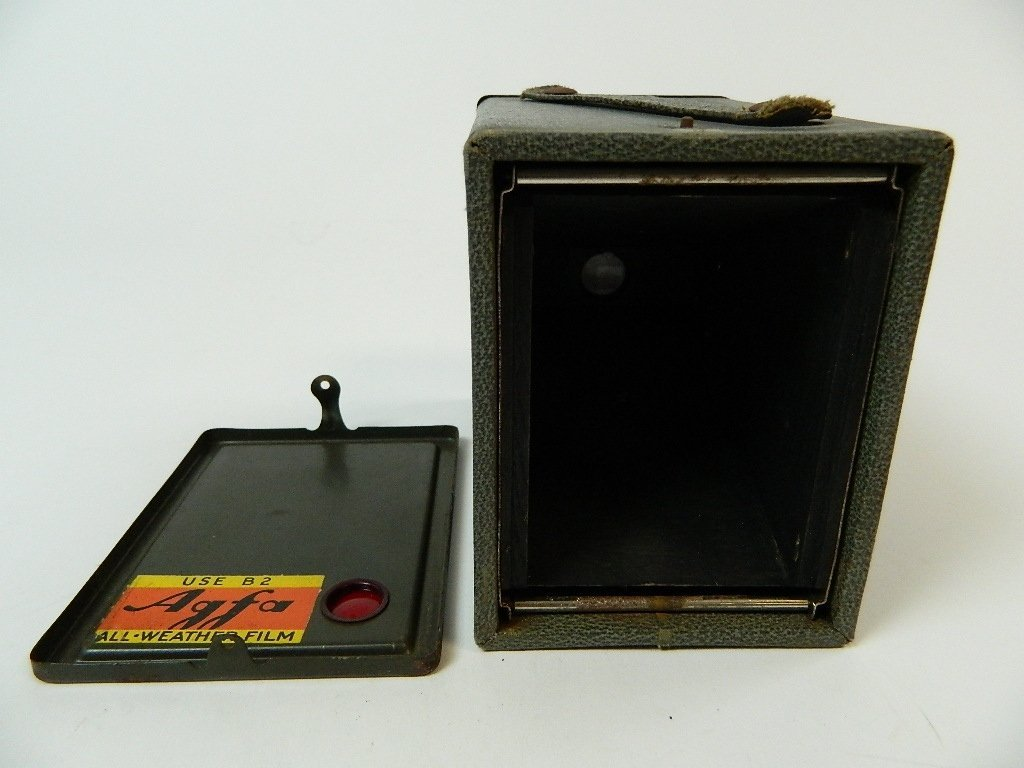 Dark Green Vintage Agfa Ansco Box Camera - 3