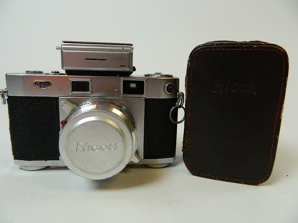 Vintage Riken Ricoh Five One Nine (519) Camera