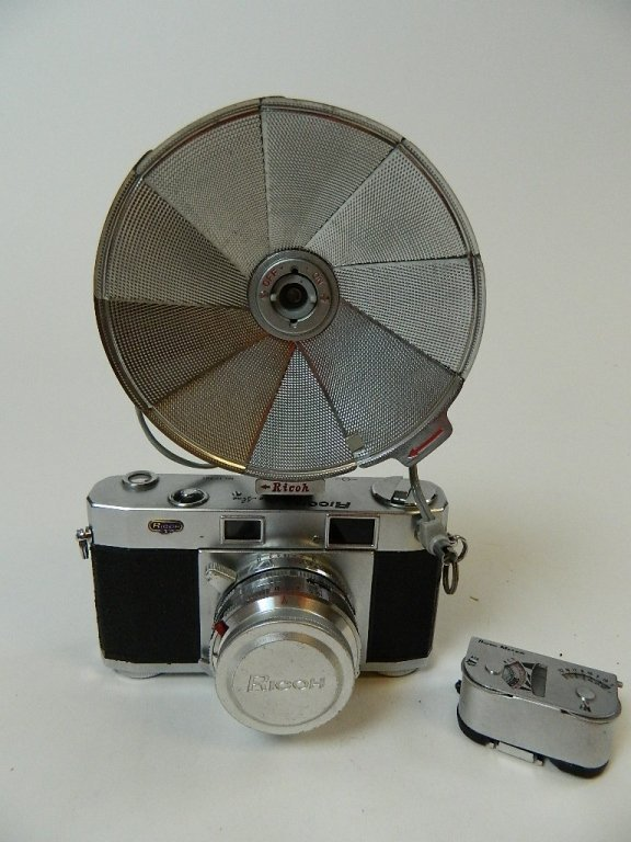 Vintage Riken Ricoh Five One Nine (519) Camera - 4