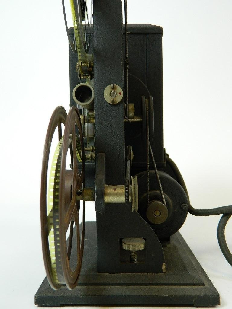Vintage Kodascope Eight Model 50 8 mm Projector - 3