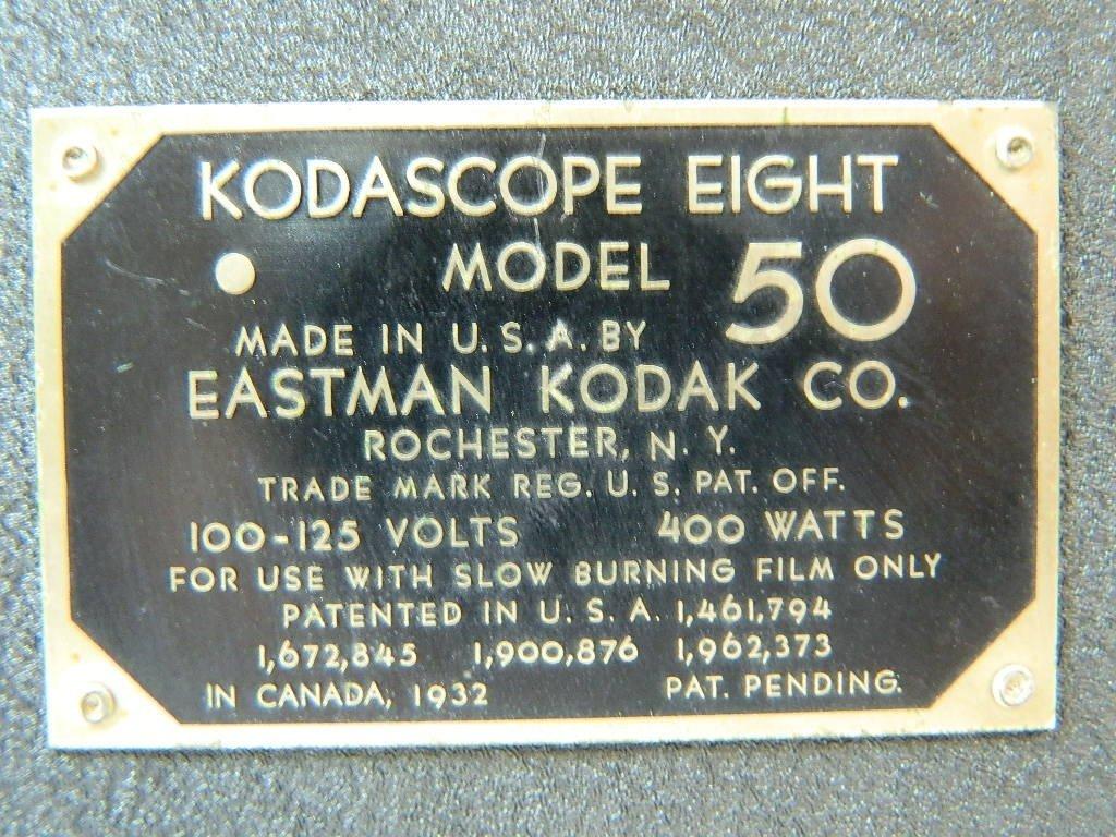 Vintage Kodascope Eight Model 50 8 mm Projector - 7