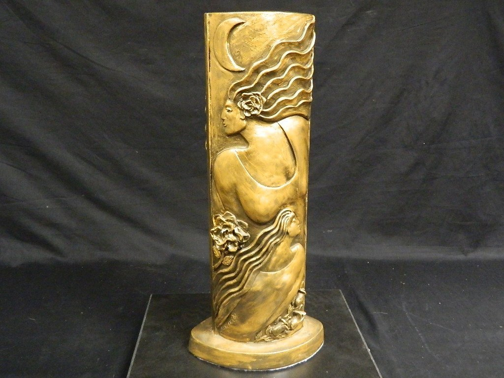 Lauren Grey Female Plaster Statue - 5