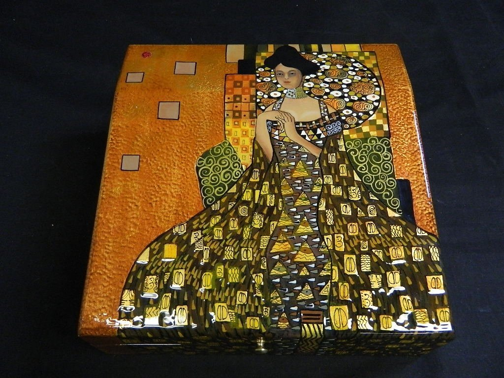 Gustav Klimt on metallic Colored Trinket  jewelry Box