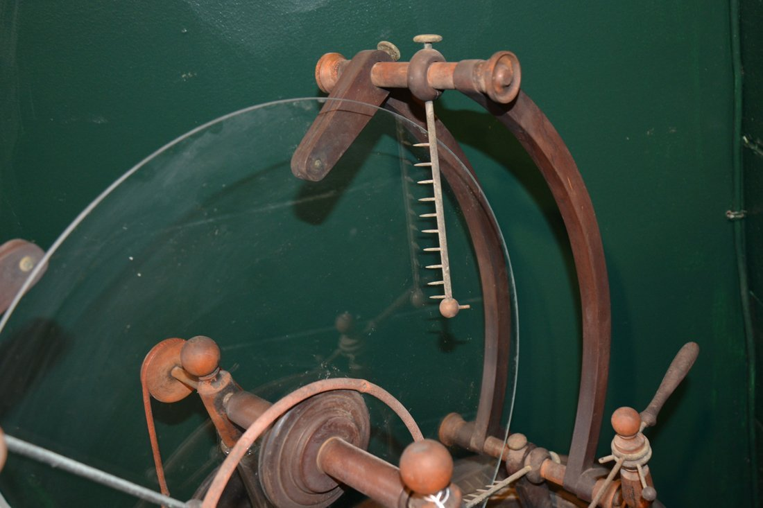 GLASS, WOOD AND BRASS STATIC MACHINE, early 19th centur - 3