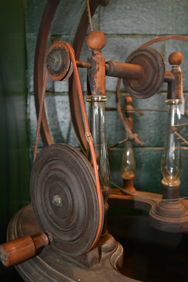 GLASS, WOOD AND BRASS STATIC MACHINE, early 19th centur - 5