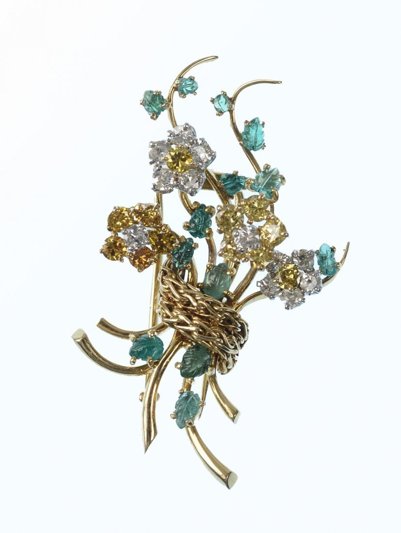 18K GOLD, DIAMOND, AND CARVED EMERALD  BROOCH
