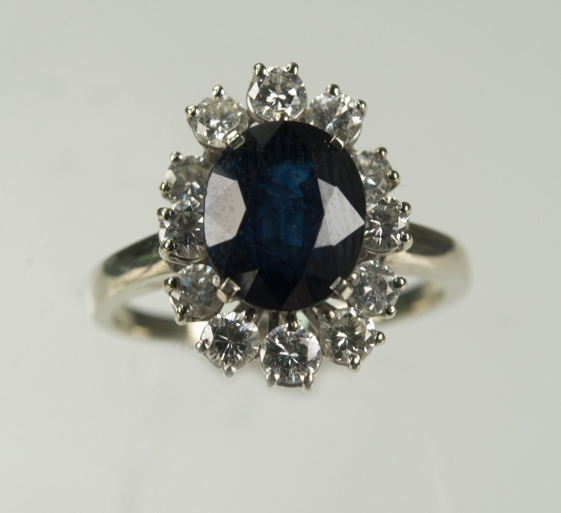 WHITE GOLD, DIAMOND, AND SAPPHIRE RING