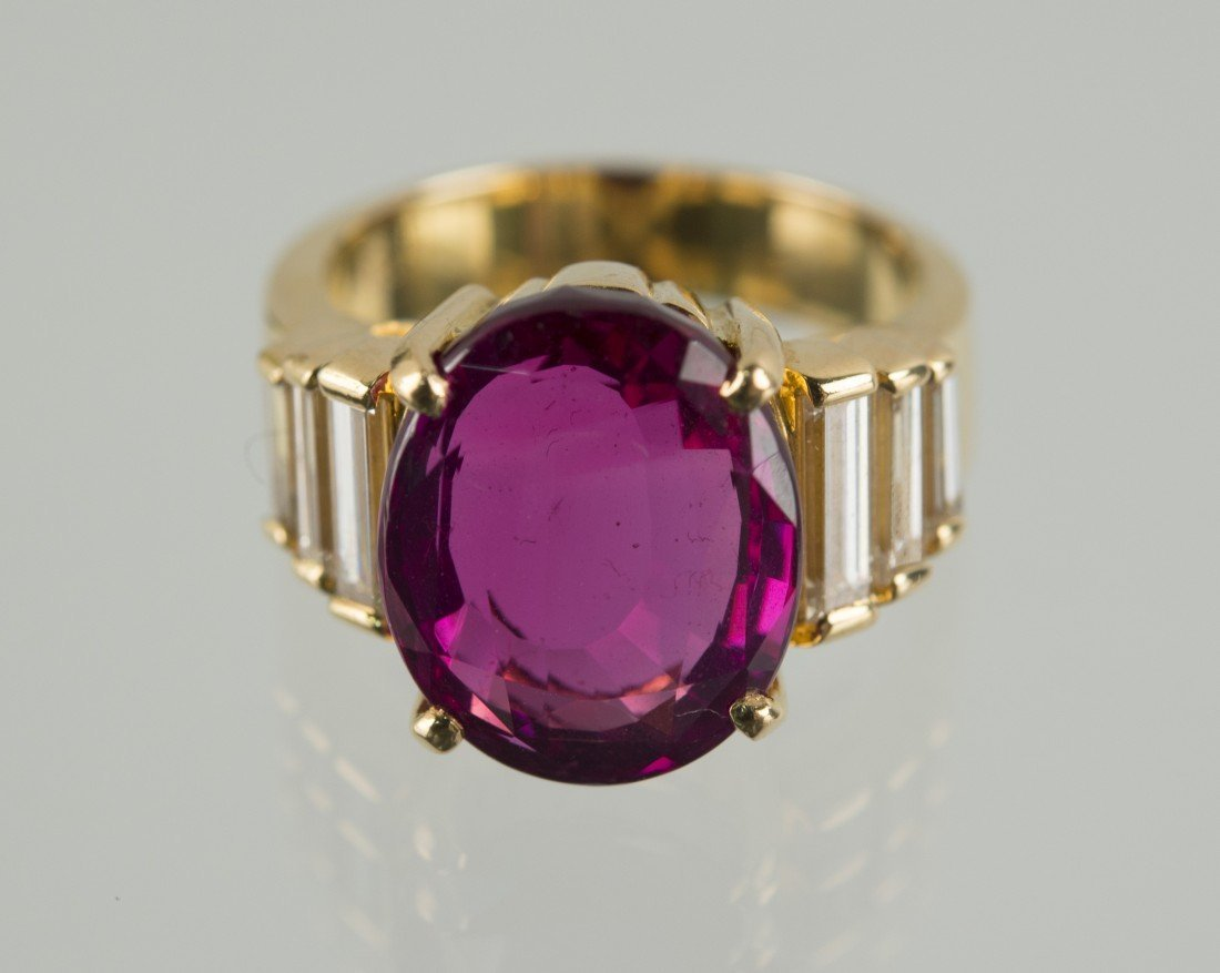 18K YELLOW GOLD, RUBY, AND DIAMOND RING