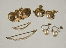 COLLECTION OF GOLD AND CULTURED PEARL JEWELRY