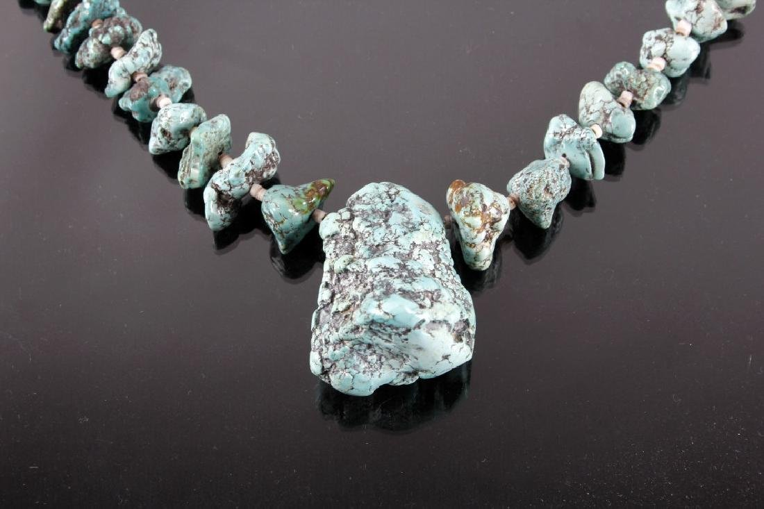 Early Navajo No 8 Spider Matrix Turquoise Necklace - 3
