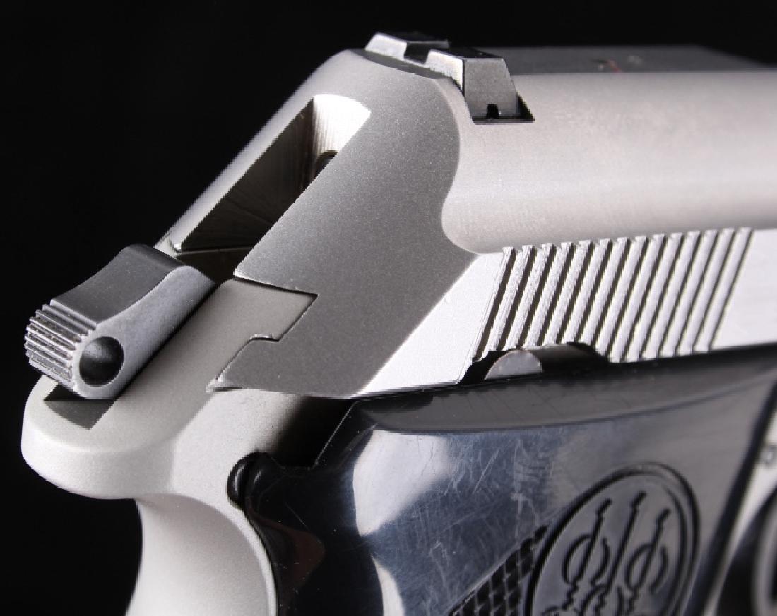 Beretta 3032 Tomcat Tip Up .32ACP Stainless Pistol - 15