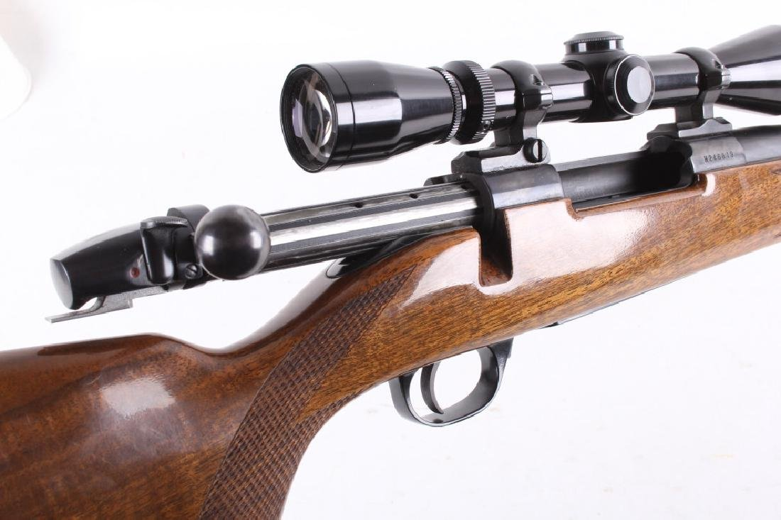 Weatherby Mark V .300 WBY Magnum Rifle & Scope - 18
