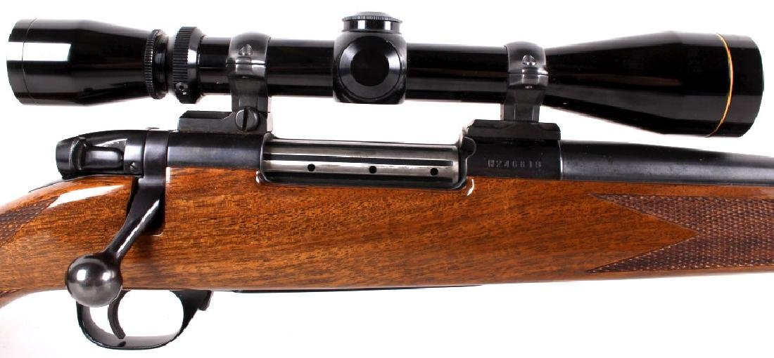 Weatherby Mark V .300 WBY Magnum Rifle & Scope - 6