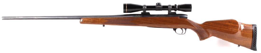 Weatherby Mark V .300 WBY Magnum Rifle & Scope - 7