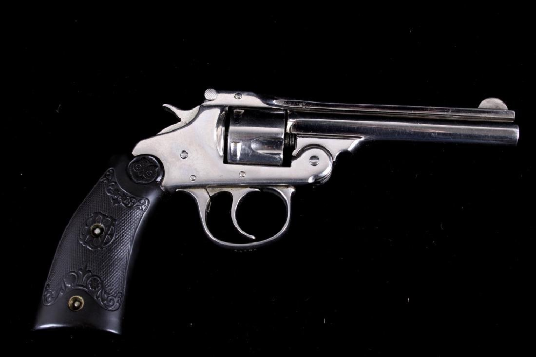 Iver Johnson Arms & Cycle Works .32 Revolver - 5