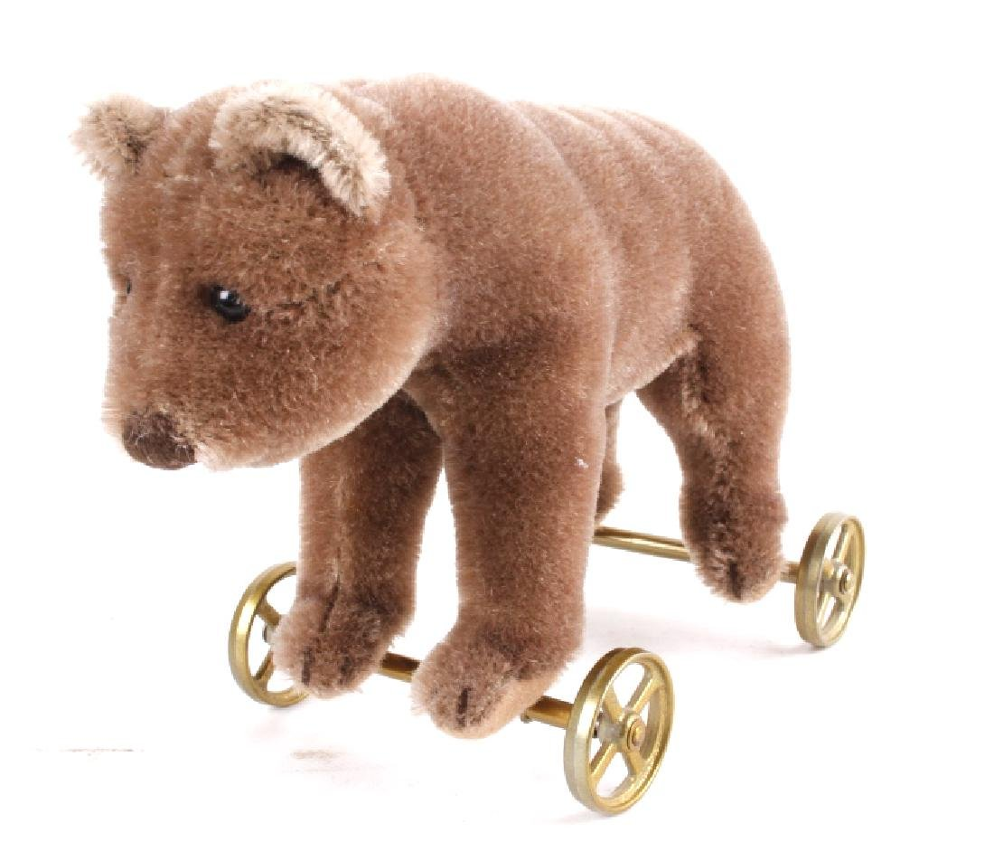 Steiff Bear On Wheels