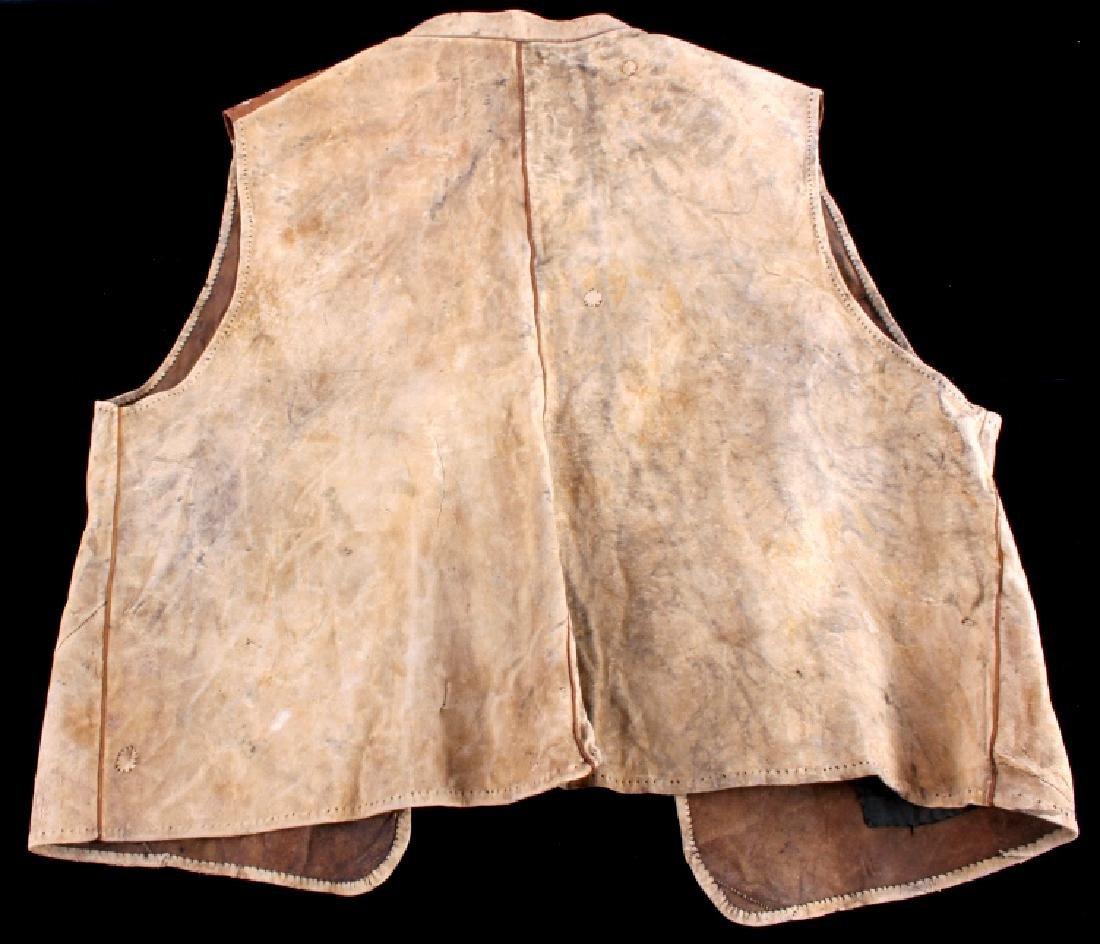 Eskimo Tanned Hide Vest 19th Century - 10