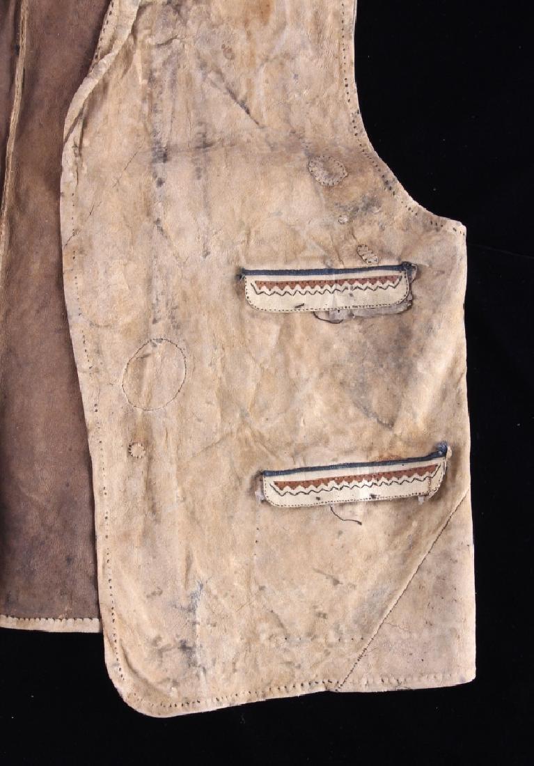 Eskimo Tanned Hide Vest 19th Century - 4