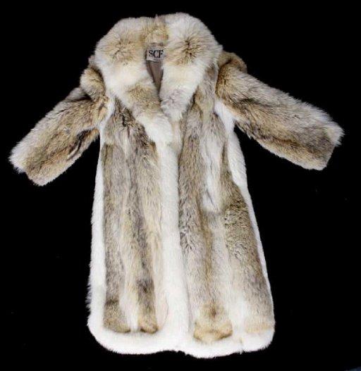 Wolf Fur Coat >> Full Length Grey Wolf Fur Coat With White Fox Trim