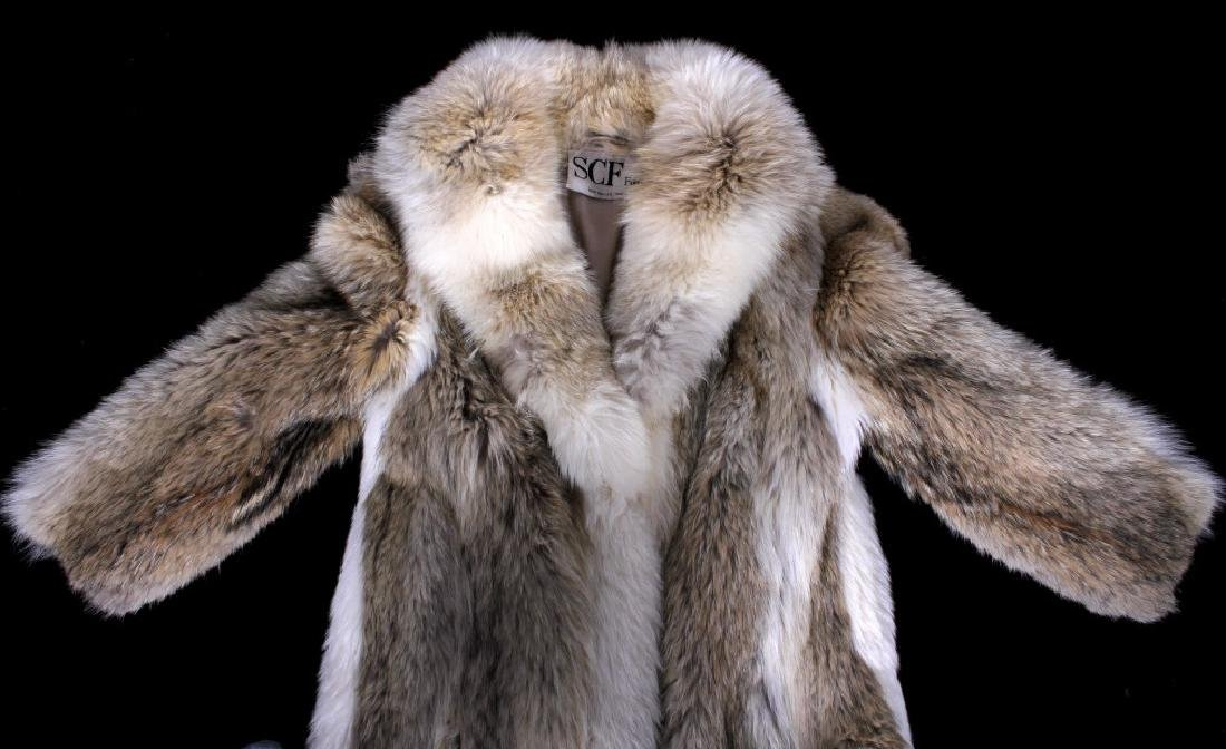 Full Length Grey Wolf Fur Coat With White Fox Trim - 3