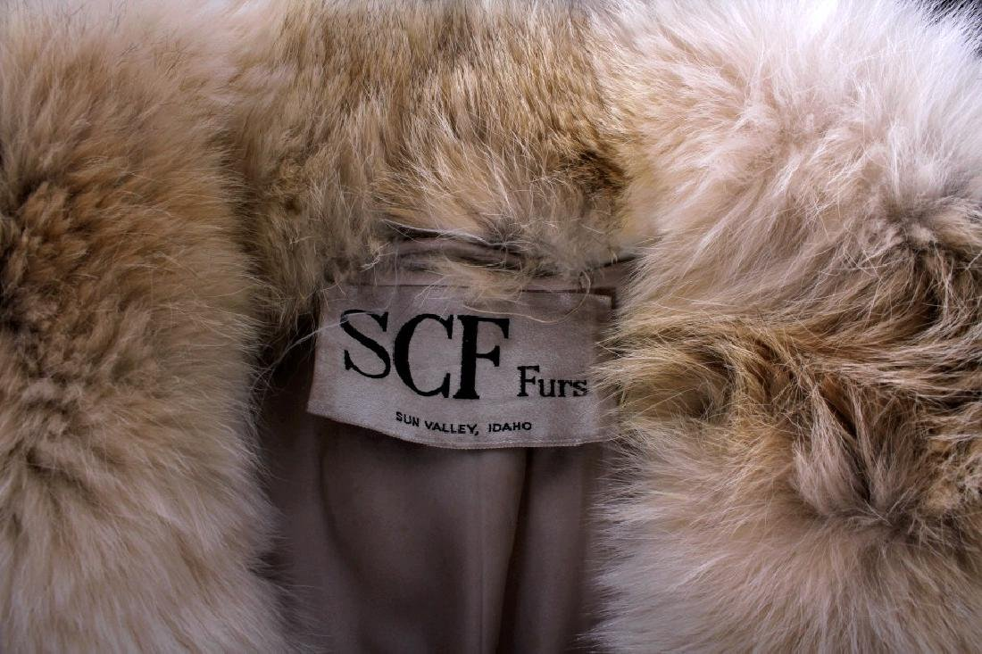 Full Length Grey Wolf Fur Coat With White Fox Trim - 4