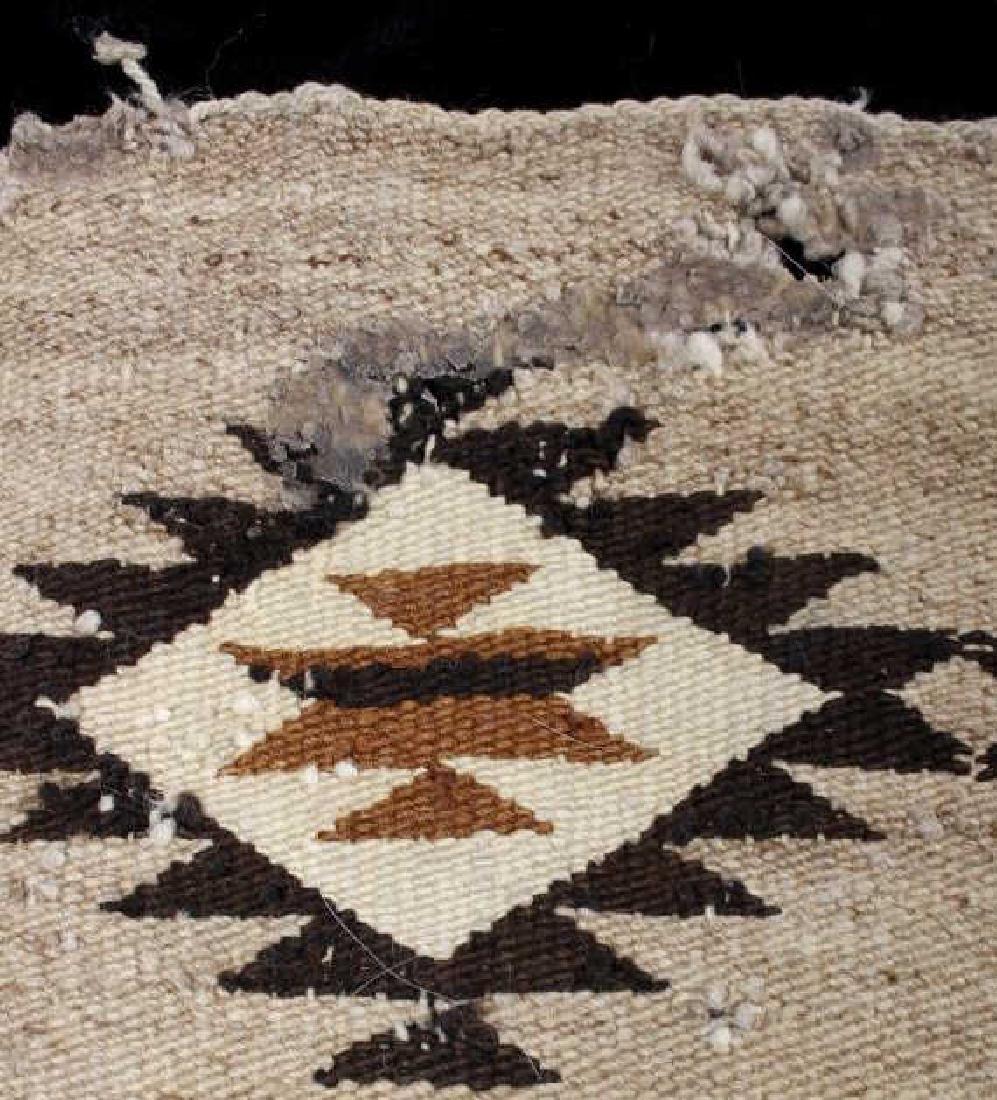 Navajo Old Crystal Pattern Wool Rug - 6